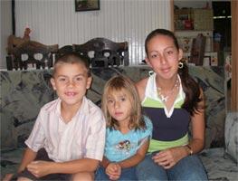 Andre�na (14), Justin (8) and Maria Jose (3), Costa Rica, 7-29-06. - natasha
